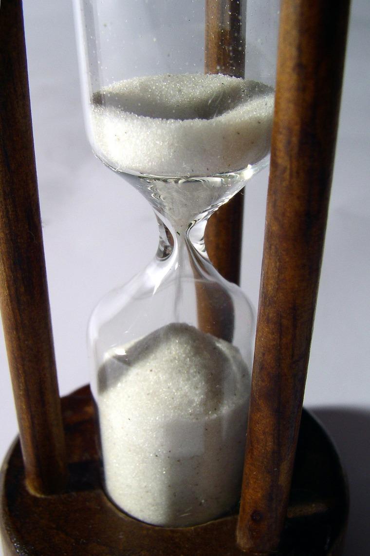 hourglass-708574_1920.jpg